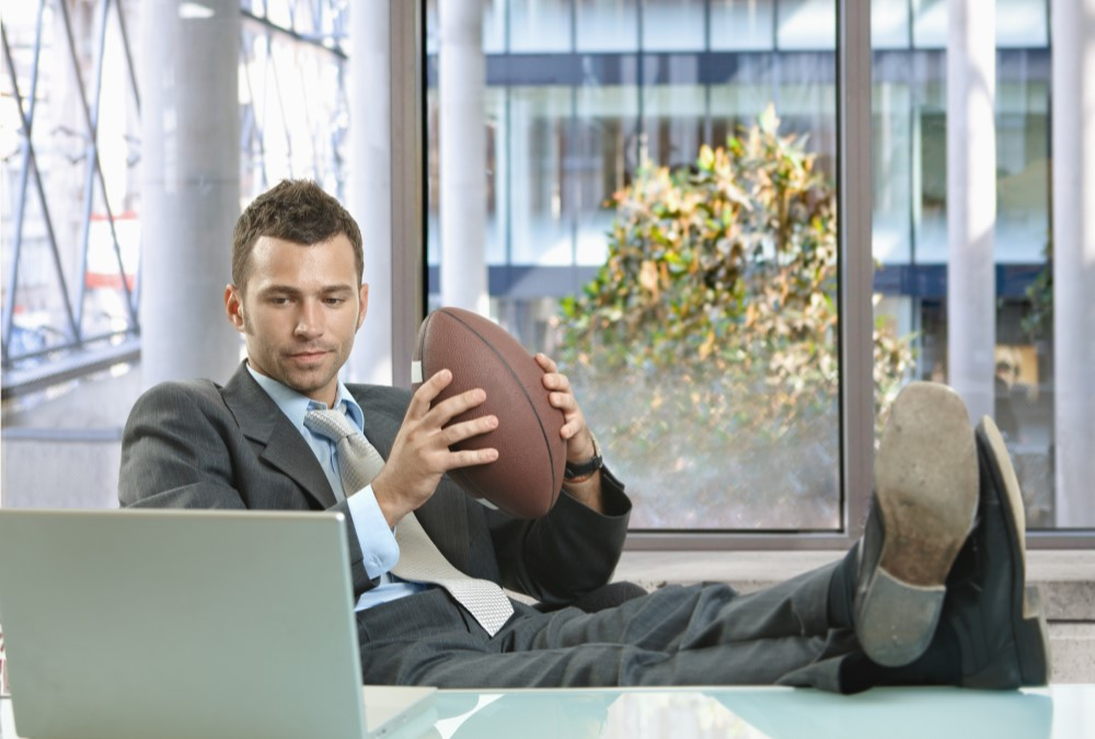 8 Steps to Becoming an NCAA or NFL Football Scout