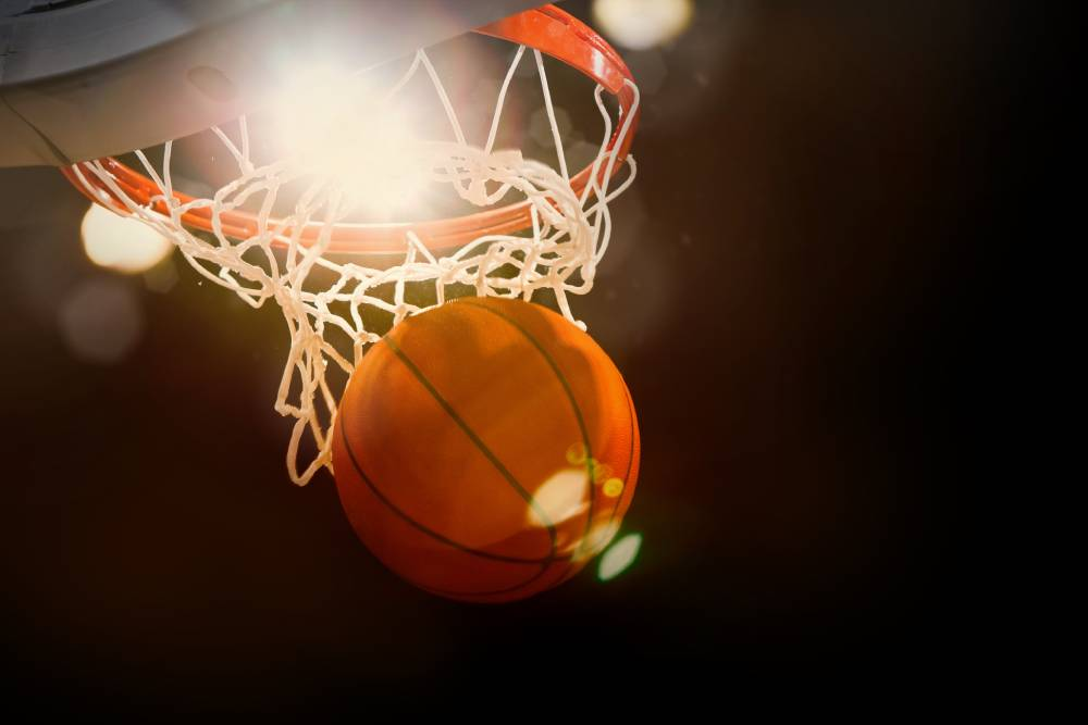 Social Poll - Who Is The Greatest Basketball Player of All Time?